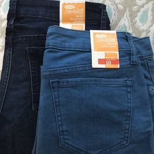 2 Pairs of Old Navy Rock Star Jeans
